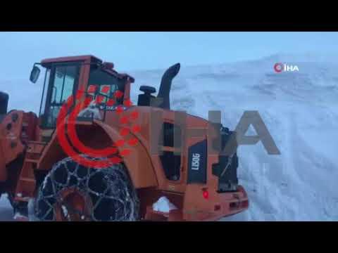 Kar kalınlığının 5 metreyi bulduğu Adıyaman-Sincik-Malatya karayolu bir ay sonra