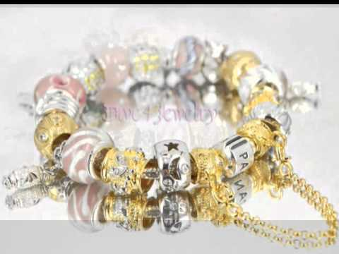 Pandora Bracelet with 19 charms and Safety Chain