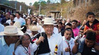 Inauguración del primer camino hecho a mano en Oaxaca