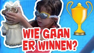 WHATS IN THE POOL MET BROER EN ZUS TV !! - KOETLIFE VLOG #795