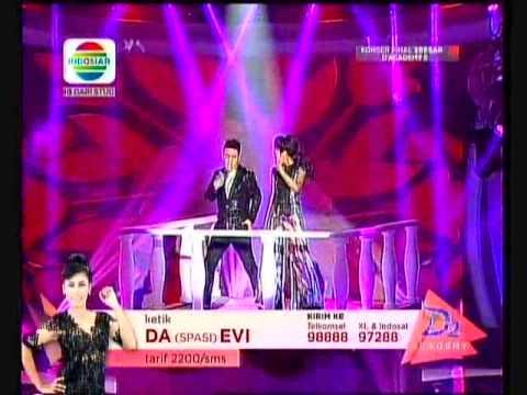 Evi Massamba-Danang Banyuwangi duet konser final 3 besar D'Academy (penampilan yang cetar)2