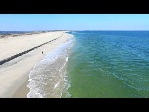 Video shot at Sandy Hook Beach in New Jersey. (www.liftedphoto.com)