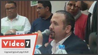 """هشام عباس: """"المصرى من أقوى رجال العالم..والكل نفسه يكسر مصر"""""""