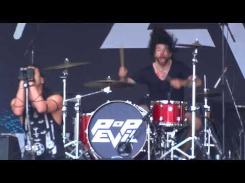 Pop Evil - The Boss' Daughter live @ Welcome To Rockville 2013