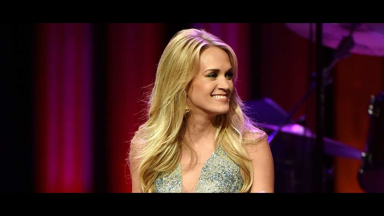 carrie-underwood-9-to-5-live-at-the-grand-ole-opry-carrieufan-14