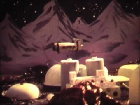 Super 8 Spaceship