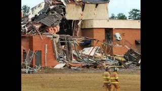 Tuscaloosa Tornado I wont let go Rascal Flats
