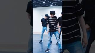 Video MONSTA X (몬스타엑스) - Shine Forever [Dance Practice Wonho Ver.] download MP3, 3GP, MP4, WEBM, AVI, FLV Juli 2018