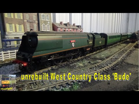 Hornby R3310 unrebuilt West Country Class Bude Unboxing and Review