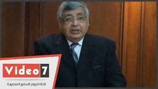 وزير الصحة الأسبق: قانون التجارب الإكلينيكية لن يحول المصريين لحيوانات تجارب