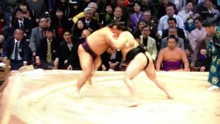 11月21日(木)大相撲九州場所、結びの一番にポール・マッカートニーに...