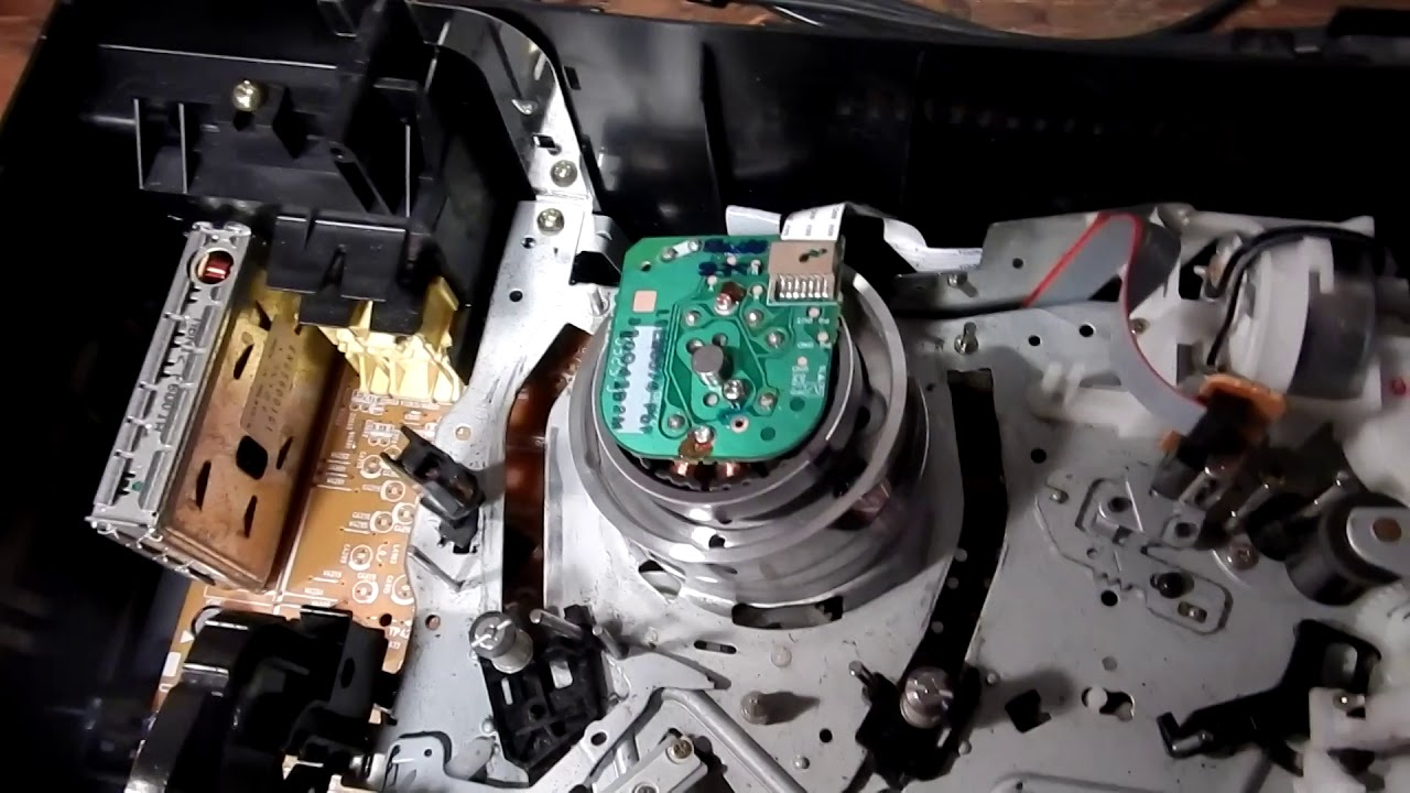 How Anyone Can Easily Adjust A VCR With No Special Tools on