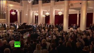 Путин произносит речь на гала-концерте в честь юбилея Темирканова в Санкт-Петербурге