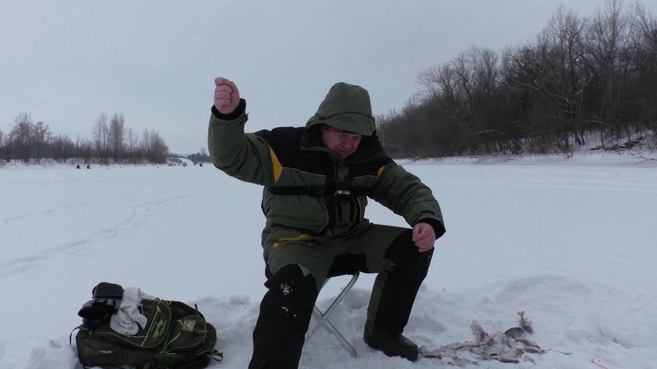 Зимняя рыбалка 2018. Вот это ОТРЫВ!? Ловля плотвы зимой на мормышку. Поклёвки КРУПНЫМ ПЛАНОМ