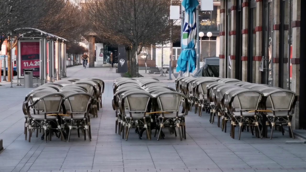 Puste ulice u Banja Luci - YouTube