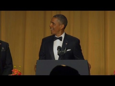 "Raw Video: President Obama's ""new entrance music"" (WH Correspondents' Dinner 2013)"
