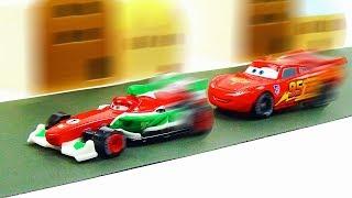 Disney Cars Lightning McQueen VS Francesco Bernoulli Race!! Stop Motion Animation