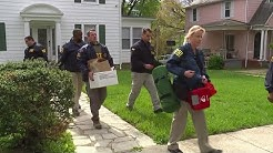 Agents search Baltimore mayor