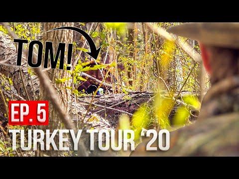 TOM At 20 YARDS! - Mississippi Turkey Hunting