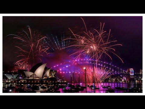 Sydney New Year's Eve Fireworks - The Family - Friendly Fireworks 9pm Sydney Australia