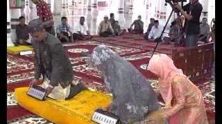Akad Nikah Dewa Febri Mesjid Baiturrahman Banda Aceh 25 Oktober 2013 Part 2