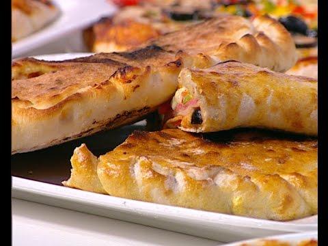 صورة  طريقة عمل البيتزا اسهل طريقه لعمل البيتزا بجميع انواعها على طريقة الشيف #محمود_عطيه من برنامج #سهل_وبسيط #فوود طريقة عمل البيتزا من يوتيوب