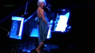 "Tori Amos -- ""You Can Bring Your Dog"" live in Chicago, IL  11/5/07  PART 6"