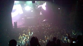 Gareth Emery @ Music Box Intro 04/30/11 Northern Lights Re-Lit Concert