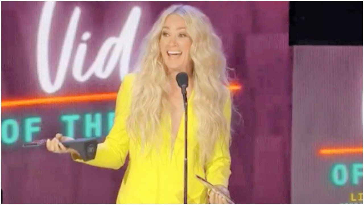 CMT Awards 2021: Best photos of Carrie Underwood, Kane Brown ...