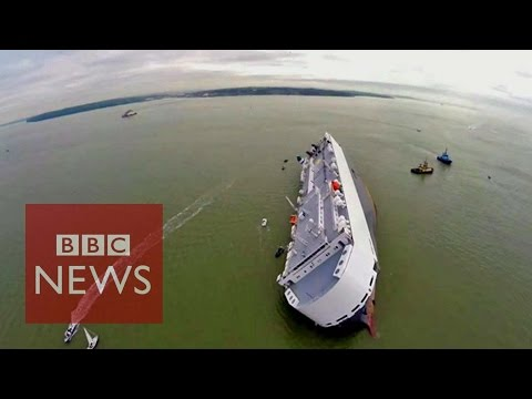 Hoegh Osaka: Drone video of stranded cargo ship