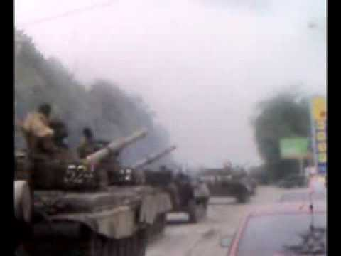 Russian tank column moving to South Ossetia 08.08.08