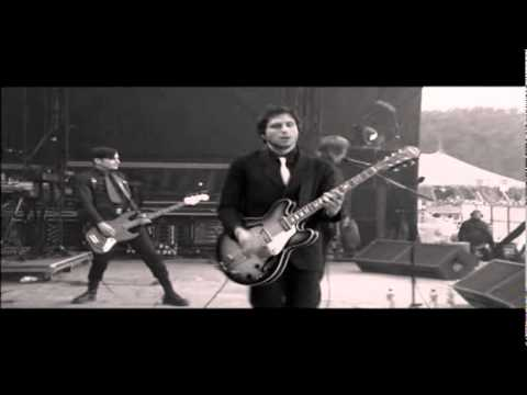 Interpol - Obstacle 1 (Live At Glastonbury 2005) HD