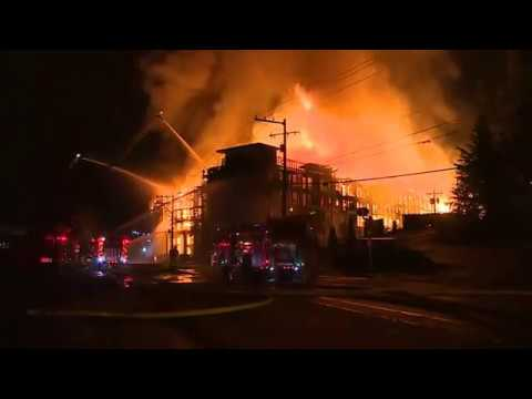 Huge fire to building under construction in Lynnwood, Washington