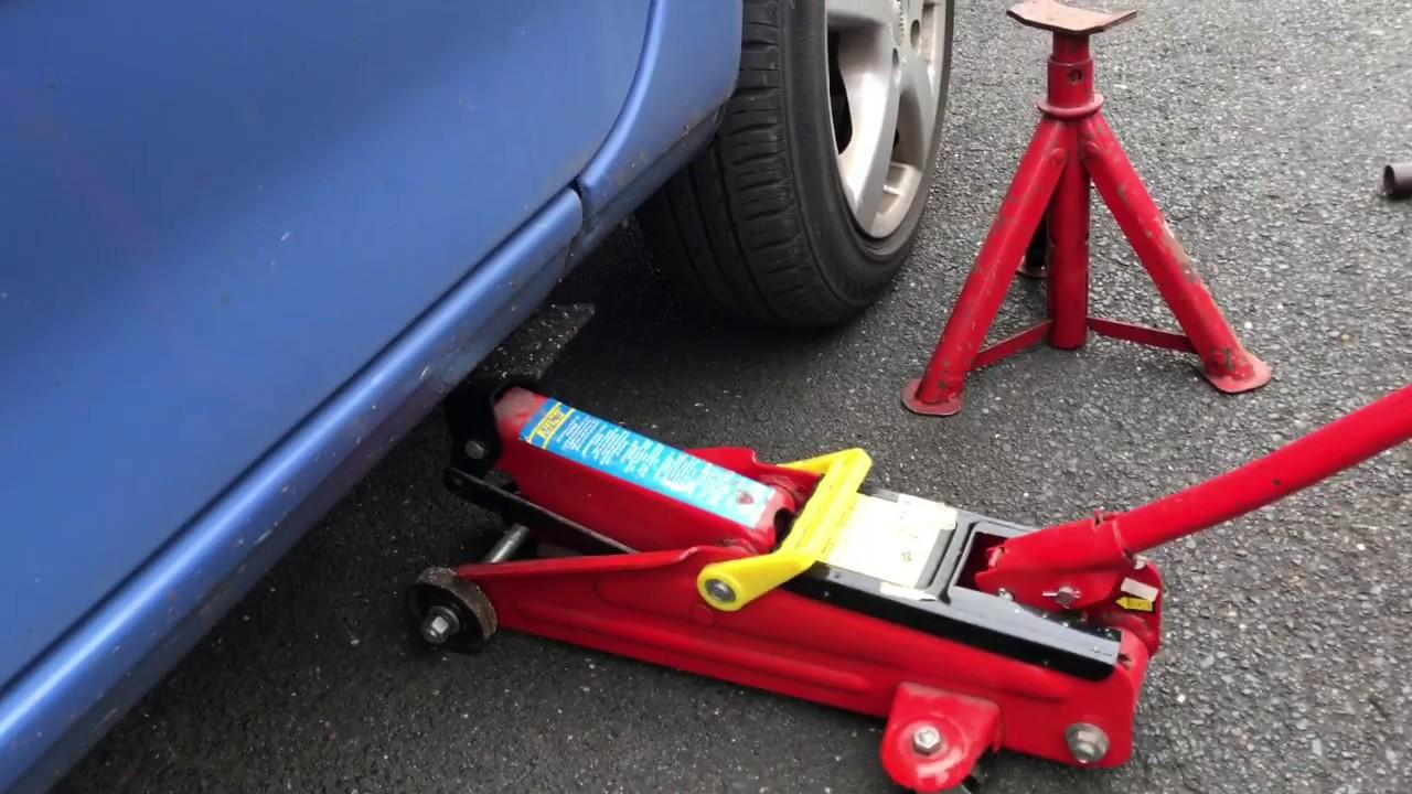 Wagenheber Ansetzen Auto Aufbocken Pkw Anheben Mit B 246 Cken