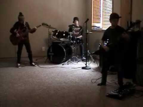 Virus Band practice Michael Paget ESP Line 6 XP live