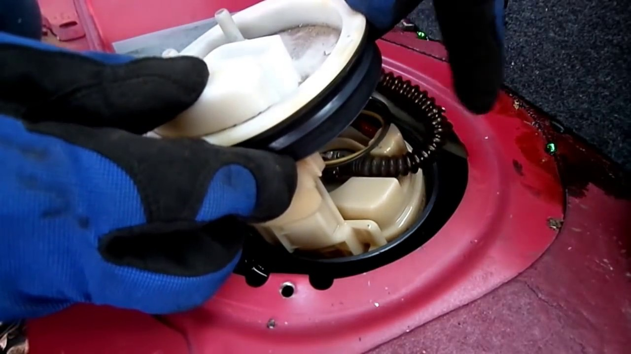[SODI_2457]   Vw New Beetle Fuel Pump Removal - YouTube | 2001 Beetle Fuel Filter Location |  | YouTube