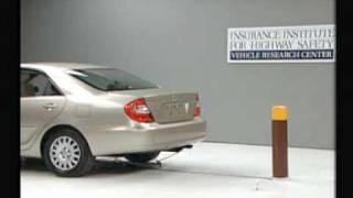 Crash Test 2002 Toyota Camry / Daihatsu Altis ( 5 M.P.H) Rear into Pole IIHS
