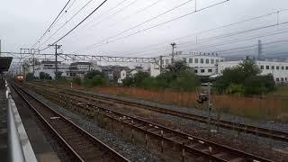 JR西日本向日町駅でDD51とチキの通過シーン(2019年10月14日月曜日)携帯電話で撮影