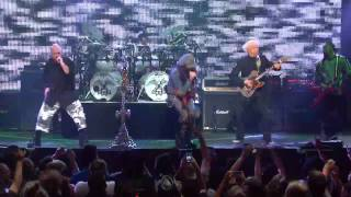Revolver Golden Gods 2013 - Five Finger Death Punch - Thunder Kiss