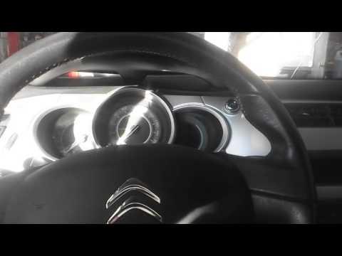 Apagar aviso de revisão Citroen C3