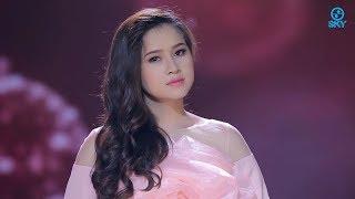 Vòng tay Nào Cho Em - Cẩm Loan (MV Official)