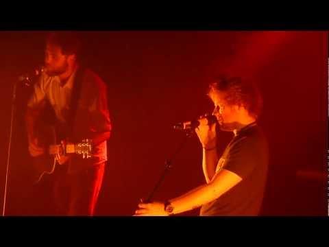 Ed Sheeran & Passenger - Caravan (Live in Amsterdam)