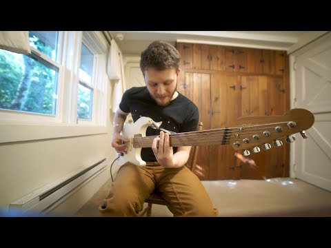 Looping J.S. Bach With The Fretless Bari