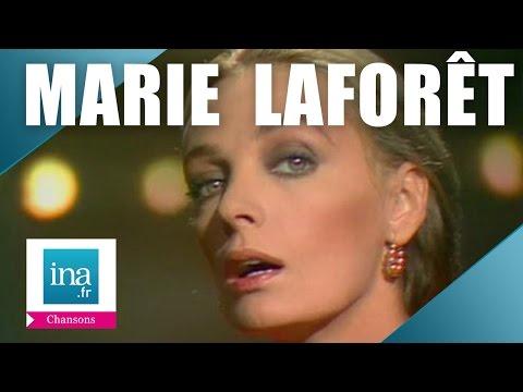 "Marie Laforêt ""Maine Montparnasse"" (live officiel) | Archive INA"