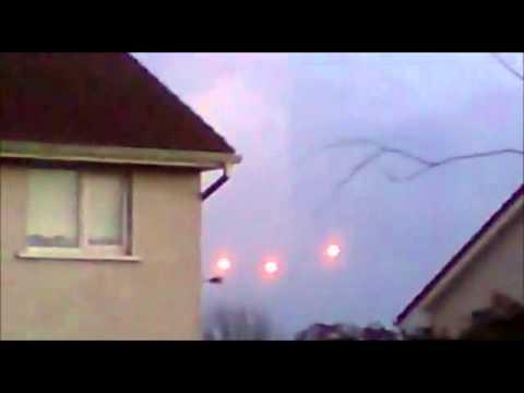 Quot Bolas De Fuego Quot En El Cielo De Irlanda Youtube