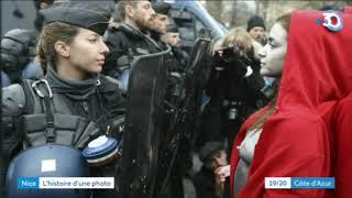 """La """"Marianne double"""" immortalisée sur les Champs Elysées"""