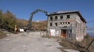 Al via la demolizione dell'ex Base NATO sul Grappa
