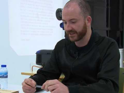 Entrevista a Manuel Segade, comisario de exposicións