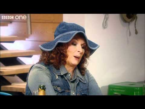The Kardashian Syndrome - Absolutely Fabulous - Christmas 2011 - BBC One