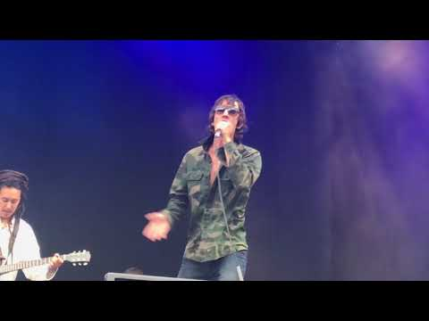 Richard Ashcroft - Break The Night With Colour [live @ Belsonic, Belfast 16-06-18]